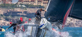52 Super Series. Cascais Wind and Waves Suit Hasso